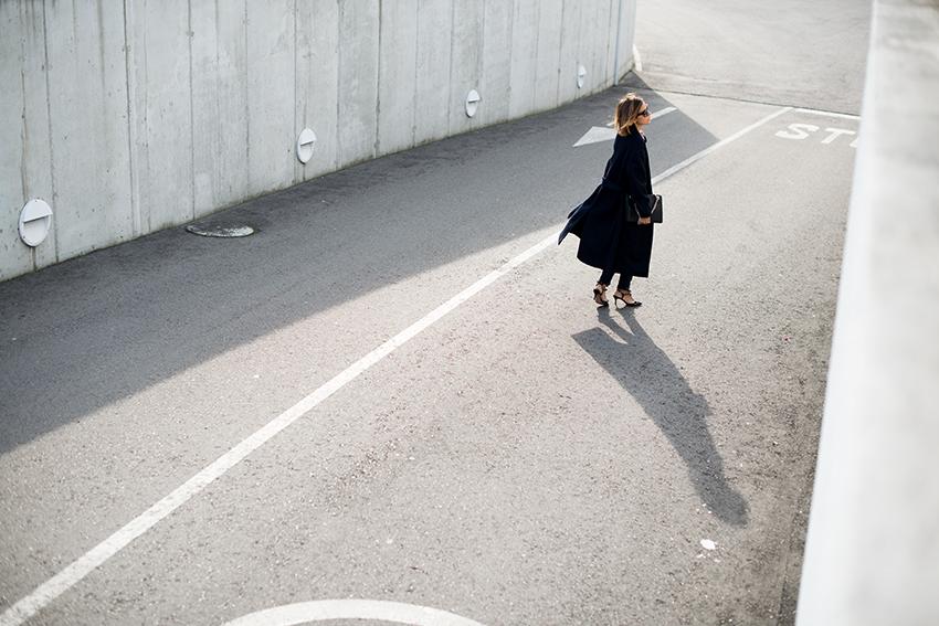 the petticoat resume 2014 navy coat (55)