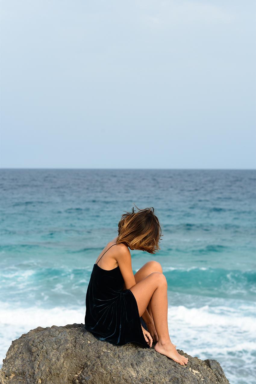 the petticoat beach fuerteventura blue velvet  (9b)