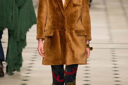 the-petticoat-burberry-prorsum-london-fashion-week-15-style-com-6
