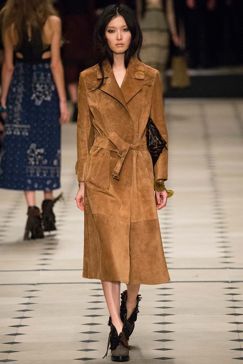 the-petticoat-burberry-prorsum-london-fashion-week-15-style-com-9