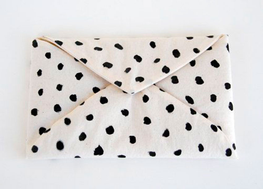 DOTS INSPIRATION THE PETTICOAT MARCH  (10)