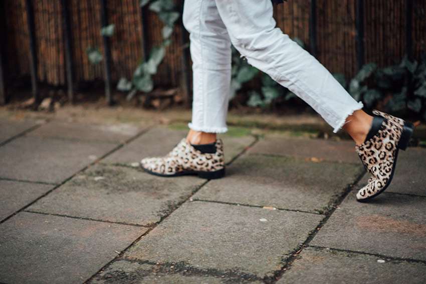 the petticoat london photo diary leopard shoes  (25)