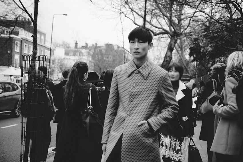 the petticoat london photo diary sang woo kim lfw before burberry prorsum show(19)