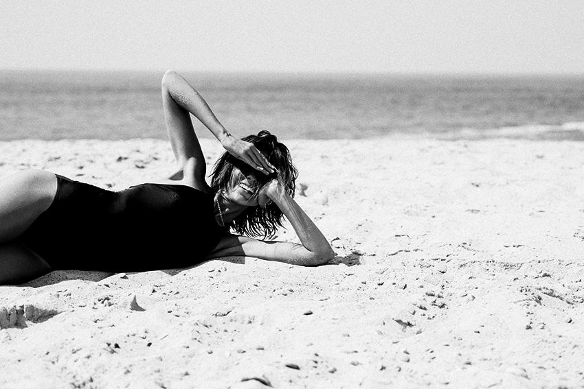 The-Petticoat---American-Apparel-Swimsuit-Beach-(2b)