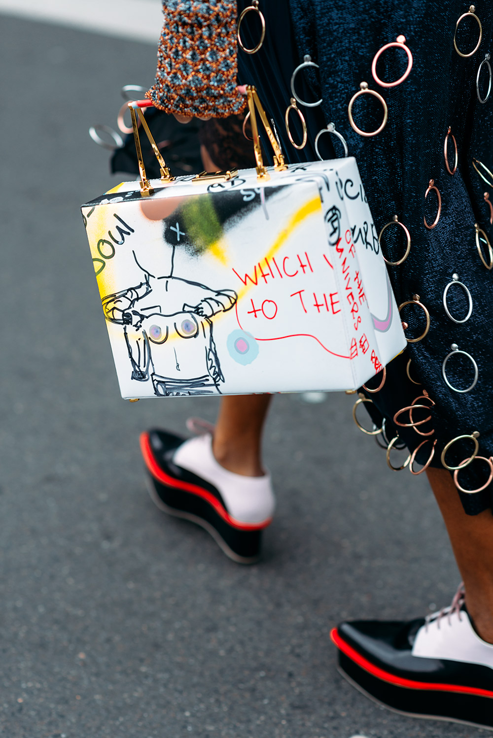 Paris Fashion Week Streetstyle by The Petticoat -Michelle Elie Marc Jacobs Bag after Stella McCartney