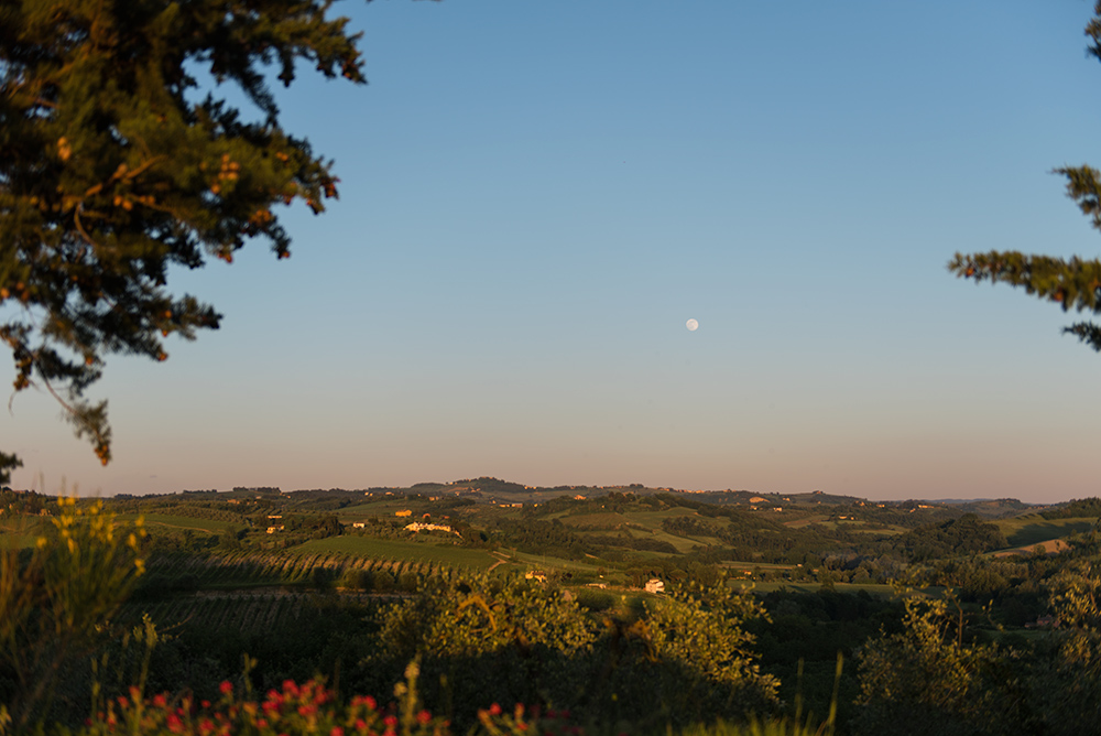 The Petticoat-Italy-Lago Iseo-Tuscany (10)