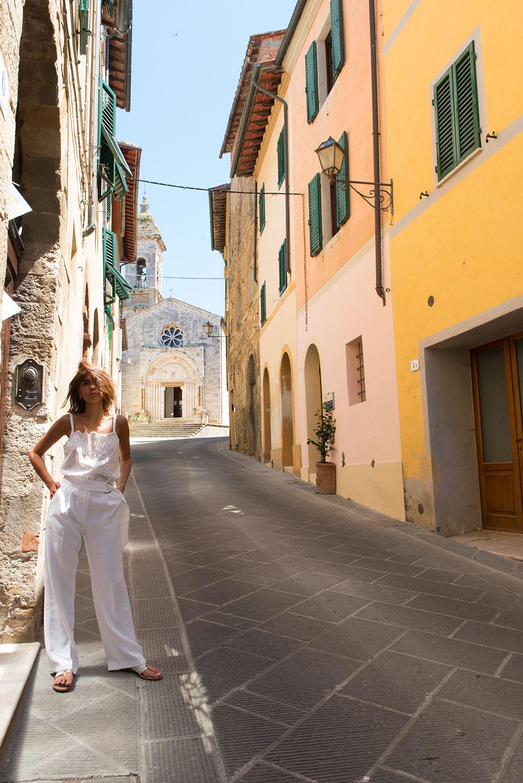 The Petticoat-Italy-Lago Iseo-Tuscany (51)