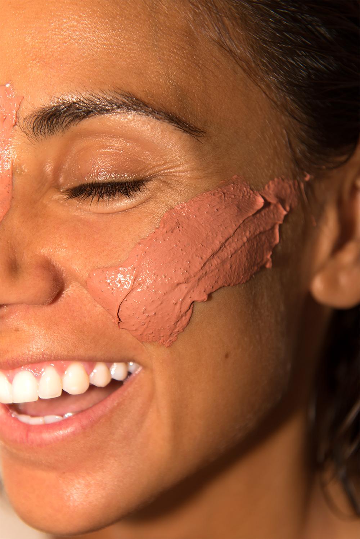 The-Petticoat---L'Oreal-Arcilla-Mask-Make-up--2b