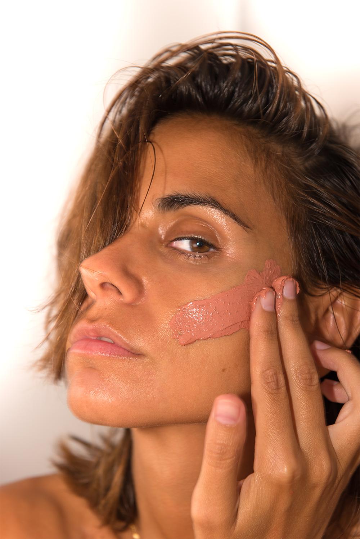 The Petticoat - L'Oreal Arcilla Mask Make up -3