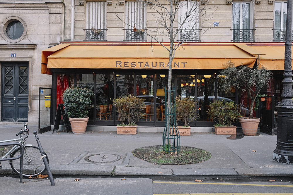 The Petticoat- Start in Paris- Diary -10