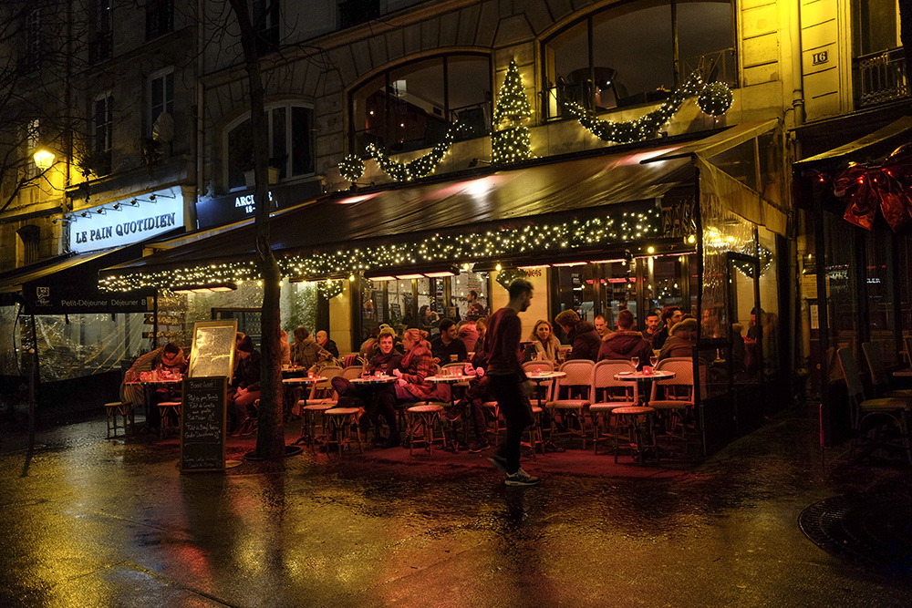 The Petticoat- Start in Paris- Diary -2