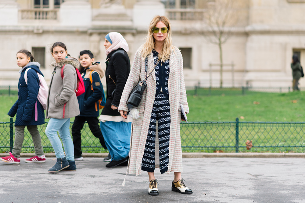 Streetstyle - Paris Fashion Week Fall17 for Glamour Spain by The Petticoat - Blanca Miro before Chanel Show